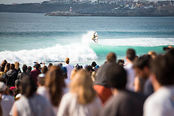 October 20, 2018 - Peniche, Portugal - Brazilian surfer Gabriel Medina on the wave. (Credit Image: © Henrique Casinhas/NurPhoto via ZUMA Press)