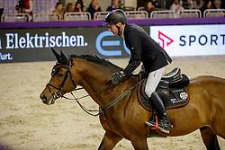 DREHER Hans-Dieter (GER), Arko Junior<br /> Frankfurt - Festhallen Reitturnier 2019<br /> SPORTTOTAL AG - Preis - Stechen<br /> Int. Weltranglisten-Springprüfung mit Stechen (1,45m)<br /> 21. Dezember 2019<br /> © www.sportfotos-lafrentz.de/Stefan Lafrentz
