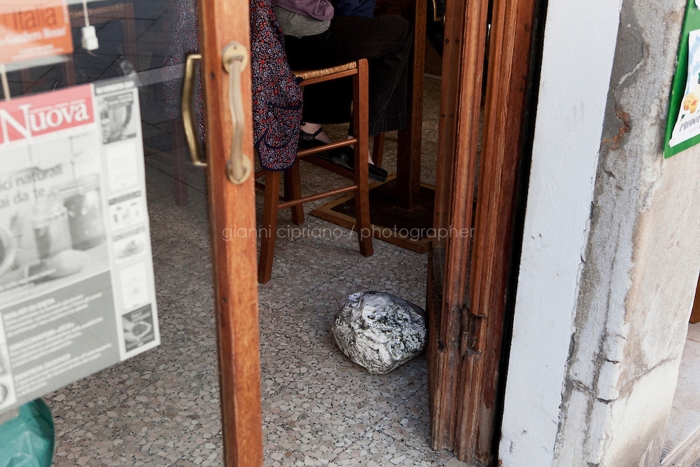 VENICE, ITALY - 27 MAY 2013: Triple Point (Compass), 1341 via Garibaldi, 2013 - photograph of rock printed on Tyvek, aluminum, plastic, and mixed media by Sarah Sze, in Venice, Italy, on May 27th 20113.<br /> <br /> Sarah Sze, 44, is a contemporary artist living and working in New York City. She is the U.S. representative for the Venice Biennale. the 55th International Art Exhibition in 2013.<br /> <br /> The 55th International Art Exhibition of the Venice Biennale takes place in Venice from June 1st to November 24th, 2013 at the Giardini and at the Arsenale as well as in various venues the city. <br /> <br /> Gianni Cipriano for The New York TImes