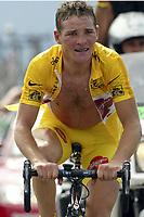 CYCLING - TOUR DE FRANCE 2004 - STAGE 13 - LANNEMEZAN > PLATEAU DE BEILLE - 17/07/2004 - PHOTO : NICO VEREECKEN /DIGITALSPORT<br /> THOMAS VOECKLER (FRA) / BRIOCHES LA BOULANGERE