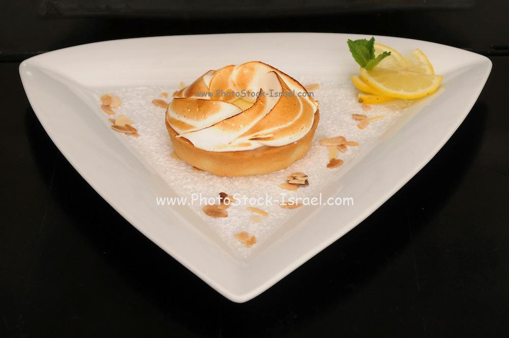 Lemon pie with meringue topping