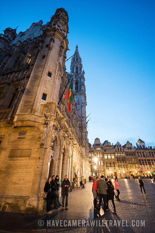Night at Grand Place (La Grand-Place), a UNESCO World Heritage Site in central Brussels, Belgium. Lined with ornate, historic buildings, the cobblestone square is the primary tourist attraction in Brussels.