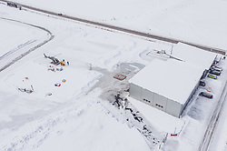 THEMENBILD - ein Hubschrauber vor dem Hangar am Flugplatz Zell am See (LOWZ), hier dürfen Flugzeuge bis maximal 5,7 Tonnen Gesamtgewicht landen .aufgenommen am 24. 01 2019 in Zell am See, Oesterreich // a helicopter in front of the hangar at the airfield Zell am See (LOWZ), here aircraft may land up to a maximum of 5.7 tons total weight in Zell am See, Austria on 2019/01/24. EXPA Pictures © 2019, PhotoCredit: EXPA/ JFK