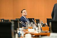 02 SEP 2020, BERLIN/GERMANY:<br /> Jens Spahn, CDU, Bundesgesundheitsminister, vor Beginn einer SItzung des Kabinetts im grossen Sitzungssaal, der aufgrund der Corona-Vorgaben fuer die Kabinettsitzung genutzt wird, Budneskanzleramt<br /> IMAGE: 20200902-01-023<br /> KEYWORDS: Sitzung, Kabinett
