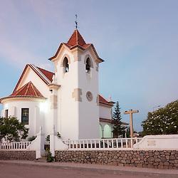 Igreja da Nossa Senhora da Arrábida na restinga do Lobito. Província de Benguela. Angola