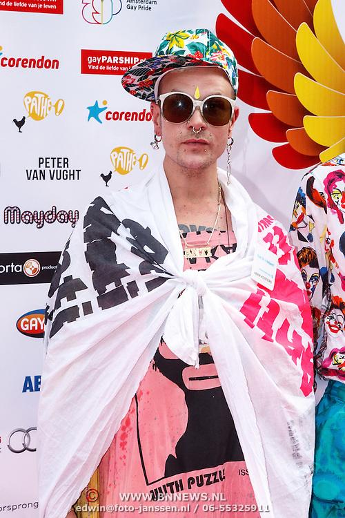 NLD/Amsterdam/20150629 - Uitreiking Rainbow Awards 2015, Bas Koster en ...................