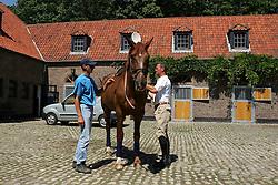 Ten huize van Van Paesschen Stanny<br /> Hof ten Bos -  Halle 2004<br /> Photo © Hippo Foto
