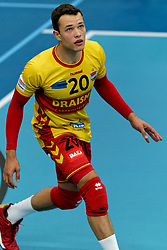 26-10-2019 NED: Talentteam Papendal - Draisma Dynamo, Ede<br /> Round 4 of Eredivisie volleyball - Jeffrey Klok #20 of Dynamo