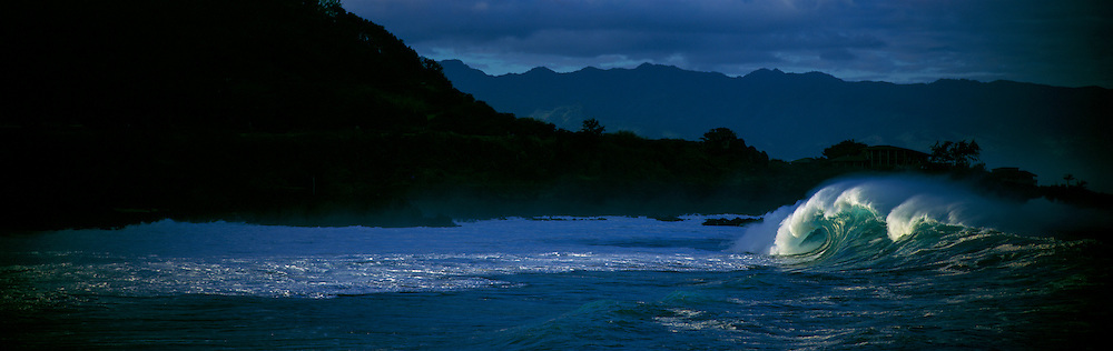 Wave, Waimea Bay, Oahu, Hawaii, USA