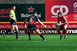 Scarlets' Dan Jones in action during todays match<br /> <br /> Photographer Craig Thomas/Replay Images<br /> <br /> Guinness PRO14 Round 13 - Scarlets v Dragons - Friday 5th January 2018 - Parc Y Scarlets - Llanelli<br /> <br /> World Copyright © Replay Images . All rights reserved. info@replayimages.co.uk - http://replayimages.co.uk