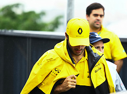 November 11, 2017 - Brazil - SAO PAULO, SP - 11.11.2017: QUALIFYING PARA GP F1 - In the photo the pilot, Calos Sainz arrives at the Autodromo de Interlagos. Classifying training day on Saturday (11), for the Brazilian Formula 1 Grand Prix, which will take place on Sunday (12) at the Jose Carlos Pace racetrack in Interlagos. (Credit Image: © Fotoarena via ZUMA Press)