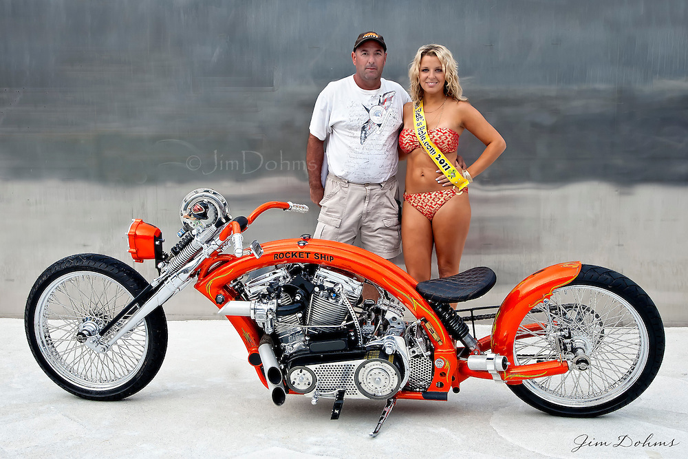 Joe took first place in the class and Best of Show at the Boardwalk Show and the Rat's Hole Motorcycle Show at Biketoberfest in Daytona.
