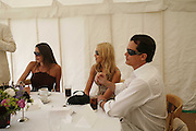 Tamara Mellon, Noelle Reno and Matthew Mellon, Guy Leymarie and Tara Getty host The De Beers Cricket Match. The Lashings Team versus the Old English team. Wormsley. ONE TIME USE ONLY - DO NOT ARCHIVE  © Copyright Photograph by Dafydd Jones 66 Stockwell Park Rd. London SW9 0DA Tel 020 7733 0108 www.dafjones.com