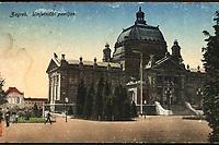 Zagreb (Croatie) : Zagreb Umjetnički paviljon. <br /> <br /> ImpresumBudapest : [s. n.], [oko 1918].<br /> Materijalni opis1 razglednica : tisak ; 13,7 x 8,7 cm.<br /> Vrstavizualna građa • razglednice<br /> ZbirkaGrafička zbirka NSK • Zbirka razglednica<br /> Formatimage/jpeg<br /> PredmetZagreb –– Trg kralja Tomislava<br /> SignaturaRZG-TOM-69<br /> Obuhvat(vremenski)20. stoljeće<br /> NapomenaRazglednica je putovala 1923.<br /> PravaJavno dobro<br /> Identifikatori001000944<br /> NBN.HRNBN: urn:nbn:hr:238:284748 <br /> <br /> Izvor: Digitalne zbirke Nacionalne i sveučilišne knjižnice u Zagrebu