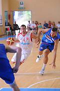DESCRIZIONE : Varallo Torneo di Varallo Lega A 2011-12 Cimberio Varese Novipiu Casale Monferrato<br /> GIOCATORE : Daniele Demartini<br /> CATEGORIA : Palleggio<br /> SQUADRA : Cimberio Varese<br /> EVENTO : Campionato Lega A 2011-2012<br /> GARA : Cimberio Varese Novipiu Casale Monferrato<br /> DATA : 11/09/2011<br /> SPORT : Pallacanestro<br /> AUTORE : Agenzia Ciamillo-Castoria/A.Dealberto<br /> Galleria : Lega Basket A 2011-2012<br /> Fotonotizia : Varallo Torneo di Varallo Lega A 2011-12 Cimberio Varese Novipiu Casale Monferrato<br /> Predefinita :