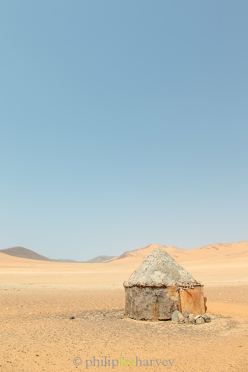 Mud Hut, Skeleton Coast, Northern Namibia, Southern Africa