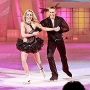NLD/Hilversum/20110318 - Sterren Dansen op het IJs show 8, Vivian Reijs en Nick Keagan