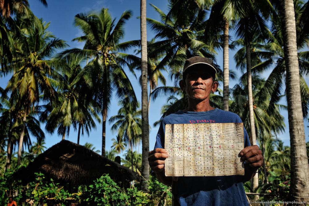 In der Gemeinde Surop in in Mindanao konnten die PlantagearbeiterInnen mit der Hilfe von HEKS und TFM ihre Rechte bereits durchsetzen. Die ehemaligen PlantagenarbeiterInnen haben sich zu einer Produktionsgenossenschaft zusammengeschlossen. HEKS und TFM unterstützen sie weiterhin in der Planung der Bewirtschaftung ihres Landes.
