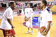 DESCRIZIONE : Roma Campionato Lega A 2013-14 Acea Virtus Roma Umana Reyer Venezia<br /> GIOCATORE : Tony Easley Quinton Hosley Jordan Taylor<br /> CATEGORIA : fair play pre game<br /> SQUADRA : <br /> EVENTO : Campionato Lega A 2013-2014<br /> GARA : Acea Virtus Roma Umana Reyer Venezia<br /> DATA : 05/01/2014<br /> SPORT : Pallacanestro<br /> AUTORE : Agenzia Ciamillo-Castoria/M.Simoni<br /> Galleria : Lega Basket A 2013-2014<br /> Fotonotizia : Roma Campionato Lega A 2013-14 Acea Virtus Roma Umana Reyer Venezia<br /> Predefinita :