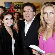 NLD/Amsterdam/20120620 - Boekpresentatie VSV van Leon de Winter, met partner Jessica Durlacher en dochter Moon
