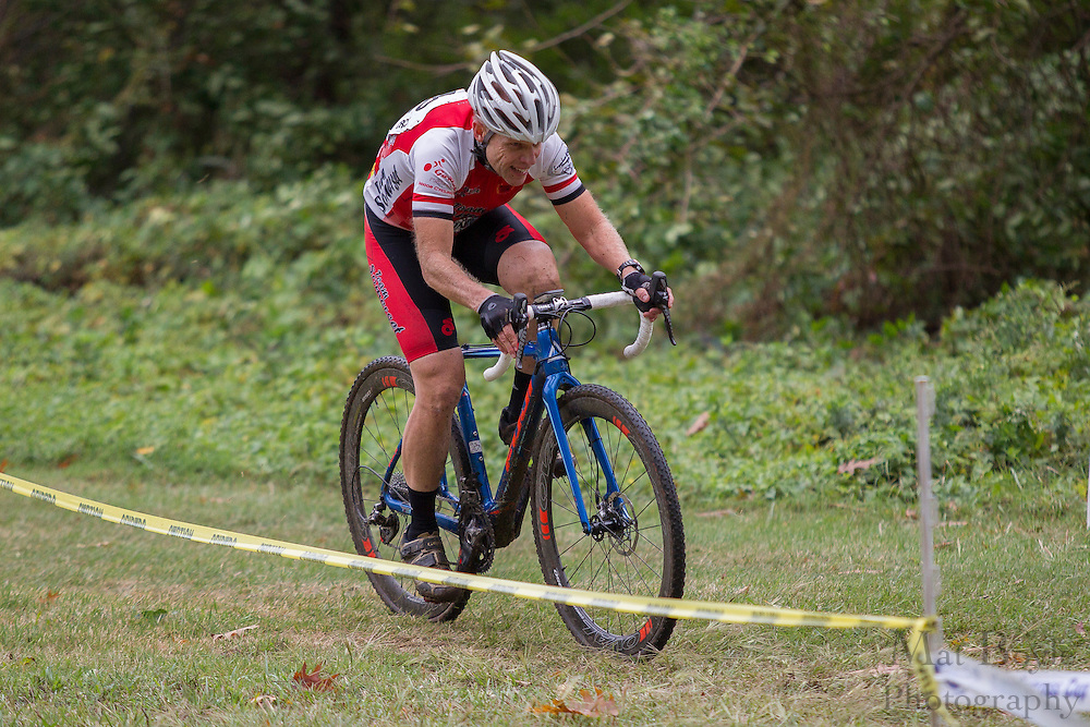 Cooper River Cyclocross at Cooper River Park in Cherry Hill, NJ on Saturday October 3, 2015. (photo / Mat Boyle)