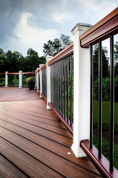 Trex Deck railing and lighting