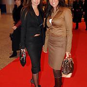 NLD/Amsterdam/20060125 - Modeshow Erny van Reijmersdal 2005, Rossana Lima en vriendin Justine Huffmeijer