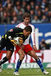 04-04-2010 VOETBAL: HSV - HANNOVER 96: HAMBURG<br /> Ruud van Nistelrooy en  Florian Fromlowitz <br /> ©2010- FRH-nph / Arend