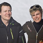 AUD/Lech/20110219 - Fotosessie Nederlandse Koninklijke Familie 2011 op wintersport in Lech, Constatijn met partner Laurentien