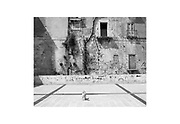 Il centro storico di Taranto durante la pandemia Covid-19.  Taranto 6 Aprile 2020. Christian Mantuano / OneShot
