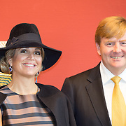 NLD/Utrecht/20161003 - Maxima en Willem-Alexander openen tentoonstelling ' Mapping Australia' , Koning Willem-Alexander en Koningin Maxima
