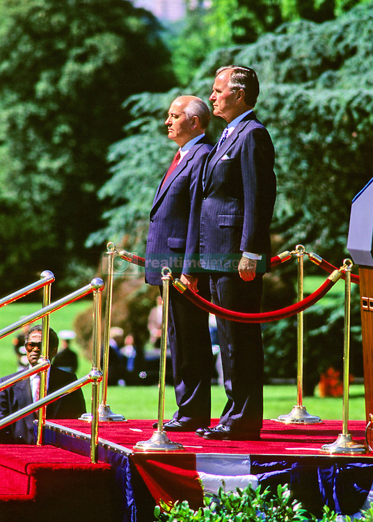 United States President George H.W. Bush, right, hosts President Mikhail Gorbachev of the Union of Soviet Socialist Republics, left, during a state arrival ceremony on the South Lawn of the White House in Washington, DC on Thursday, May 31, 1990. It was the start of three days of talks between the two leaders. Photo by Howard L. Sachs / CNP /ABACAPRESS.COM