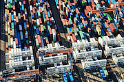 Nederland, Zuid-Holland, Rotterdam, 23-10-2013; Maasvlakte met Euromax Terminal Rotterdam aan de Yangtzehaven.<br /> De terminal van European Container Terminals (ECT) is een automatische terminal  Automatisch Gestuurde Voertuigen (AGV's) .<br /> Maasvlakte with Euromax Terminal Rotterdam and Yangtzehaven. The terminal of European Container Terminals (ECT) is an automatic terminal with Automated Guided Vehicles (AGVs). <br /> luchtfoto (toeslag op standard tarieven);<br /> aerial photo (additional fee required);<br /> copyright foto/photo Siebe Swart