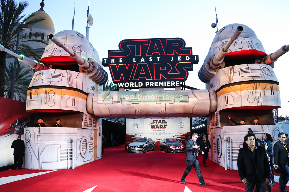 World Premiere Of Disney Pictures And Lucasfilm's 'Star Wars: The Last Jedi' held at The Shrine Auditorium on December 9, 2017 in Los Angeles, California, United States. 09 Dec 2017 Pictured: Atmosphere. Photo credit: IPA/MEGA TheMegaAgency.com +1 888 505 6342