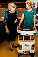 Beatrix en Mabel bij uitreiking vijfde Prins Friso Ingenieursprijs