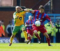 Photo. Chris Ratcliffe, Digitalsport<br /> Crystal Palace v Norwich City. Barclays Premiership. 16/04/2005<br /> Leon McKenzie of Norwich battles with Gonzalo Sorondo of Palace