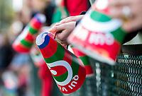 AMSTELVEEN  - toeters van supporters  tijdens de competitie hoofdklasse hockeywedstrijd tussen Hurley-Qui Vive (3-2).  COPYRIGHT KOEN SUYK