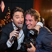 NLD/Hilversum/20181002 - Artiesten Holland zingt Kerst 2018, Xander de Buisonje samen met Edwin Janssen