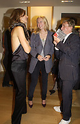 Trinny Woodall, Allanah Weston and Jasper Conran. Christopher Bailey hosts a party to celebrate the launch of ' The Snippy World of New Yorker Fashion Artist Michael Roberts' Burberry, New Bond St.  London. 19  September 2005. ONE TIME USE ONLY - DO NOT ARCHIVE © Copyright Photograph by Dafydd Jones 66 Stockwell Park Rd. London SW9 0DA Tel 020 7733 0108 www.dafjones.com