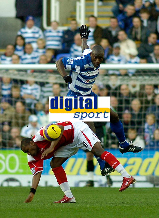 Photo: Gareth Davies.<br />Reading v Charlton Athletic. The Barclays Premiership. 18/11/2006.<br />Reading's Ibrahima Sonko (Top) out muscles Charlton striker Darren Bent (Bottom) for the ball.