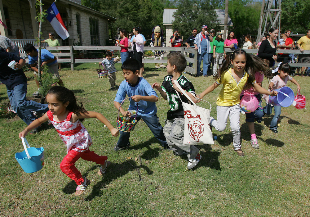 Palmhurst, TX - 22 Mar 2008 -.Children of all ages race to pick up easter eggs on Saturday morning at the 1st annual RGV Easter Egg Hunt in Palmhurst. .Photo by Alex Jones / ajones@themonitor.com