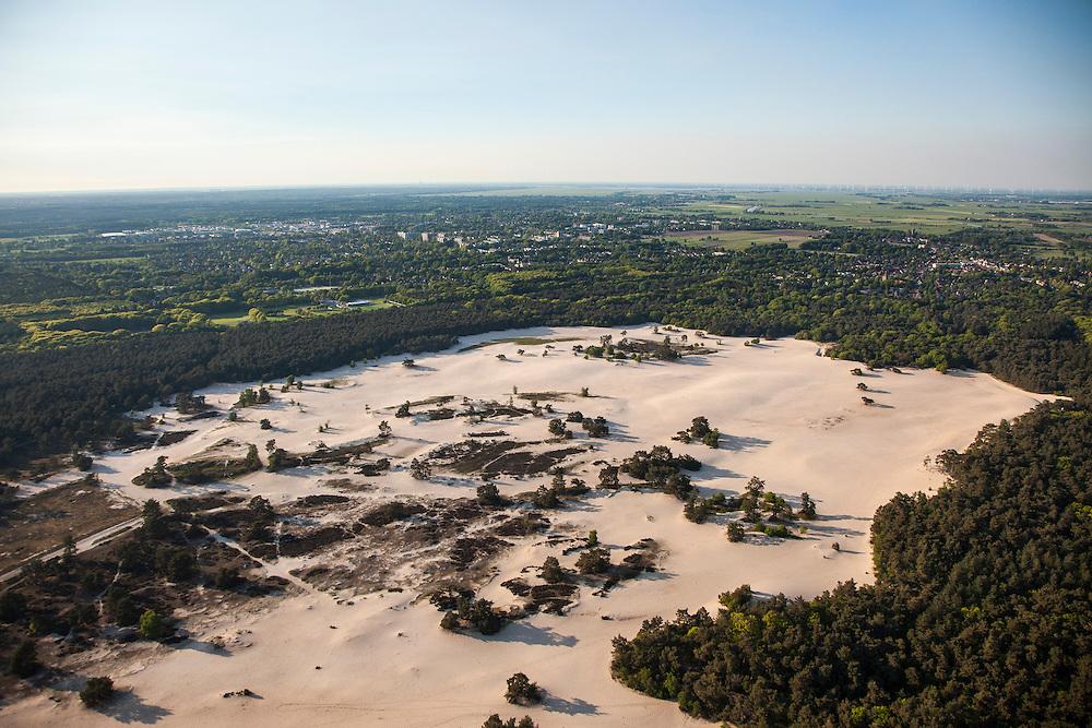 Nederland, Utrecht, Gemeente Soest, 27-05-2013; omgeving Soestduinen,<br /> zandverstuiving de Soester Duinen.<br /> Sand drift with dunes. <br /> luchtfoto (toeslag op standaardtarieven);<br /> aerial photo (additional fee required);<br /> copyright foto/photo Siebe Swart.
