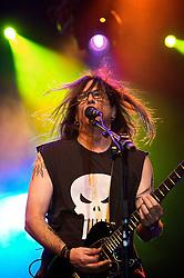 04/11/2008 - Dexter Holland, vocalista da banda norte-americana, The Offspring, durante o show do grupo em Porto Alegre, no Pepsi On Stage. <br />Foto: LUCAS UEBEL/PREVIEW.COM