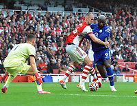 Football - 2021 / 2022 Premier League - Arsenal vs Chelsea - Emirates Stadium - Sunday 22nd August 2021<br /> <br /> Romelu Lukaku of Chelsea making his debut, mussels with Rob Holding of Arsenal<br /> <br /> Credit : COLORSPORT/Andrew Cowie
