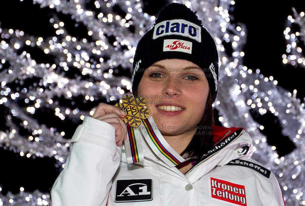 11-02-2011 SKIEN: FIS ALPINE WORLD CHAMPIONSSHIP: GARMISCH PARTENKIRCHEN<br />  Gold Medal and World Champion Anna Fenninger (AUT) during ladies Supercombi Medal Ceremony<br /> **NETHERLANDS ONLY**<br /> ©2011-WWW.FOTOHOOGENDOORN.NL/EXPA/ J. Groder