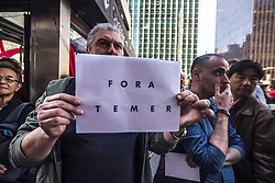 August 2, 2017 - SâO Paulo, São paulo, Brazil - SAO PAULO SP, SP 02/08/2017 DENOUNCE VOTE AGAINST PRESIDENT MICHEL TEMER: Moving in front of the building where the Office of the Presidency of the Republic is located, on Avenida Paulista, in São Paulo (SP), on the afternoon of Wednesday (02). Two television sets were installed to follow up the vote on the complaint against President Michel Temer. (Credit Image: © Cris Faga via ZUMA Wire)