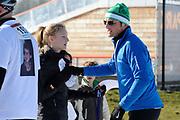 DE HOLLANDSE100 by LYMPH & CO op FlevOnice te Biddinghuizen. Een duatlon bestaande uit twee onderdelen: schaatsen en fietsen. Het evenement wordt georganiseerd om geld op te halen voor Lymph&Co dat zich inzet tegen lymfklierkanker.<br /> <br /> Op de foto:  Prins Maurits en Anna van Vollenhoven
