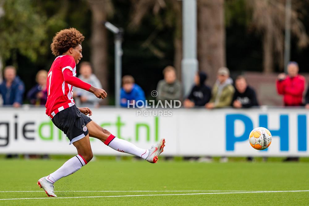 25-08-2018: Voetbal: O17 PSV v NEC OSS: Eindhoven<br /> Onder 17, JO17-1, Jeugd Supercup Onder 17 Supercup<br /> Seizoen 2018-2019<br /> #7 Fode Fofana (PSV o17) scoort de 2-1