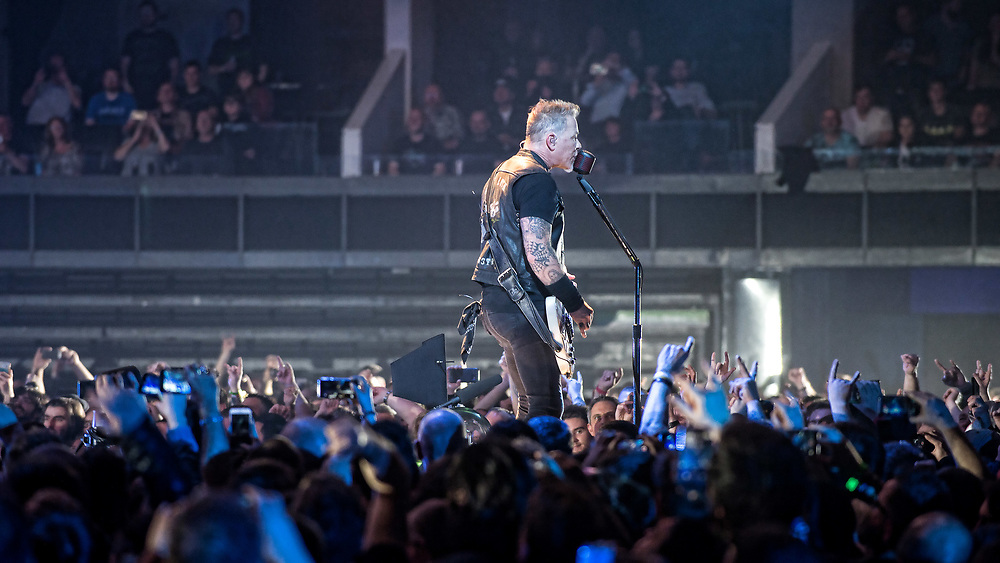 Metallica in Concert at The SSE Hydro, Glasgow, Scotland, Britain 26th October 2017