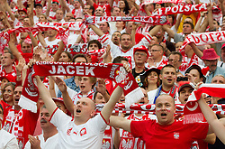 08-06-2012 VOETBAL: EURO 2012 POLEN - GRIEKENLAND: WARSCHAU<br /> Supporters of Poland prior to the UEFA EURO 2012 group A match between Poland and Greece at The National Stadium<br /> ***NETHERLANDS ONLY***<br /> ©2012-FotoHoogendoorn.nl/Vid Ponikvar